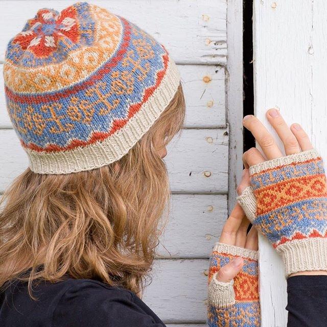 Reywa Embrace: Melting Pot Hat & Fingerless Mitts Kits