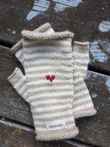 Anita Mitten or Fingerless Mitts Pattern by Big Bad Wool