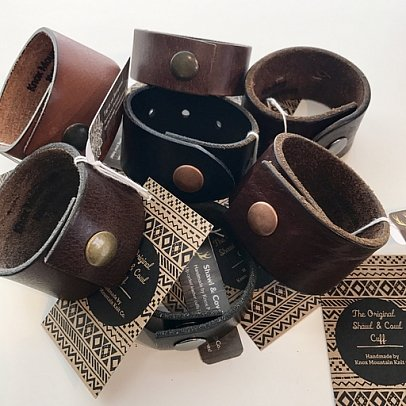 Knox Mountain Leather Collar & Shawl Cuffs