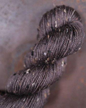 The Farmers Daughter Fibers Craggy Tweed Yarn