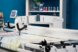 HANDI QUILTER FORTE - PROSTITCHER PACKAGE WITH 12' GALLERY 2 FRAME WITH ART N STITCH
