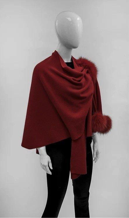 2019/20 MM Wool Knit Wrap w/Fox Poms