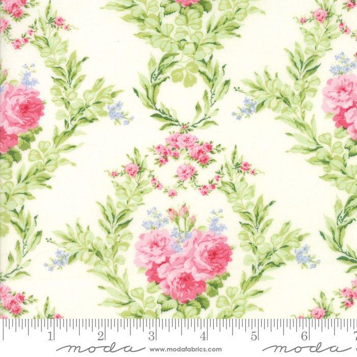 Guernsey, Roses, Linen