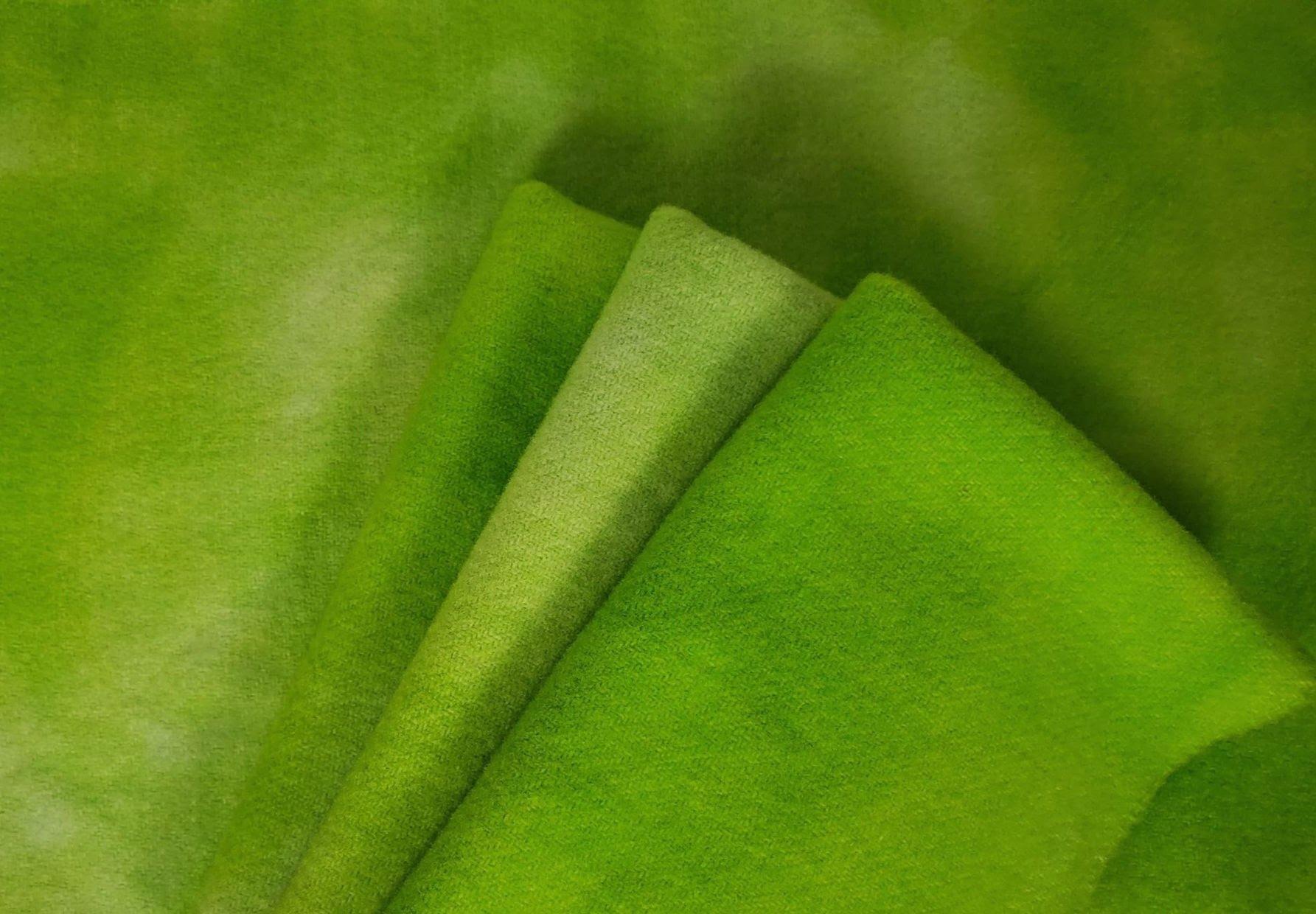 LIGA FAT 16TH HAND DYED WOOL GREEN APPLE