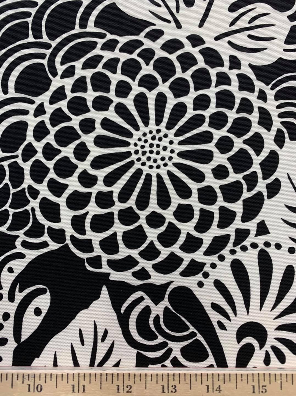 Ogiku Canvas Black