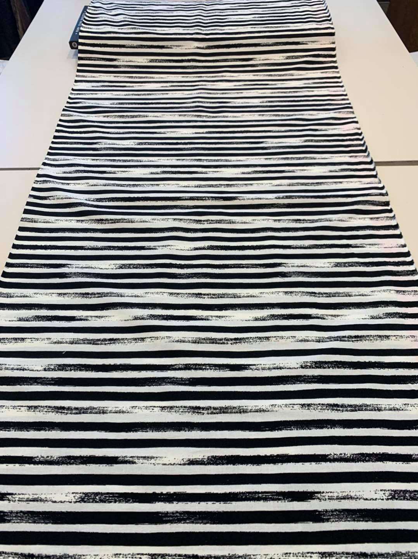 BW Brush Stripe