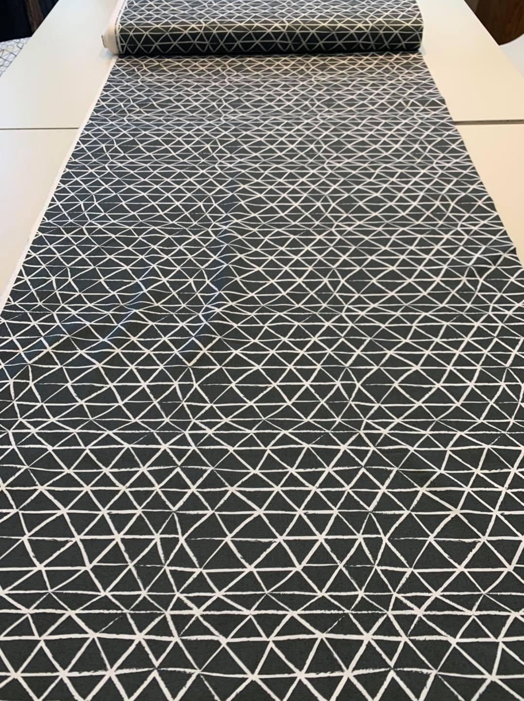 Tesselated Triangle in Grey