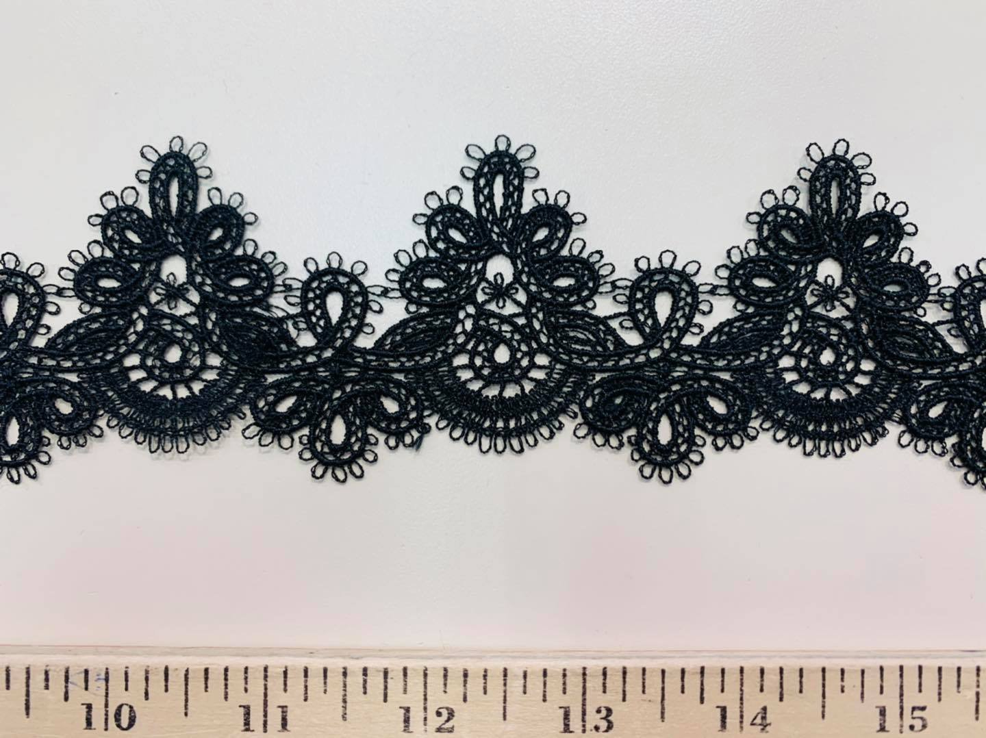 Loopy Lace Applique Ribbon in Black