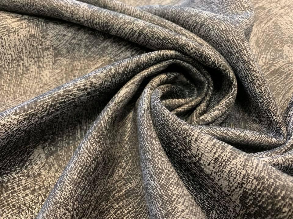 Brushstrokes Jacquard in Silver/ Black