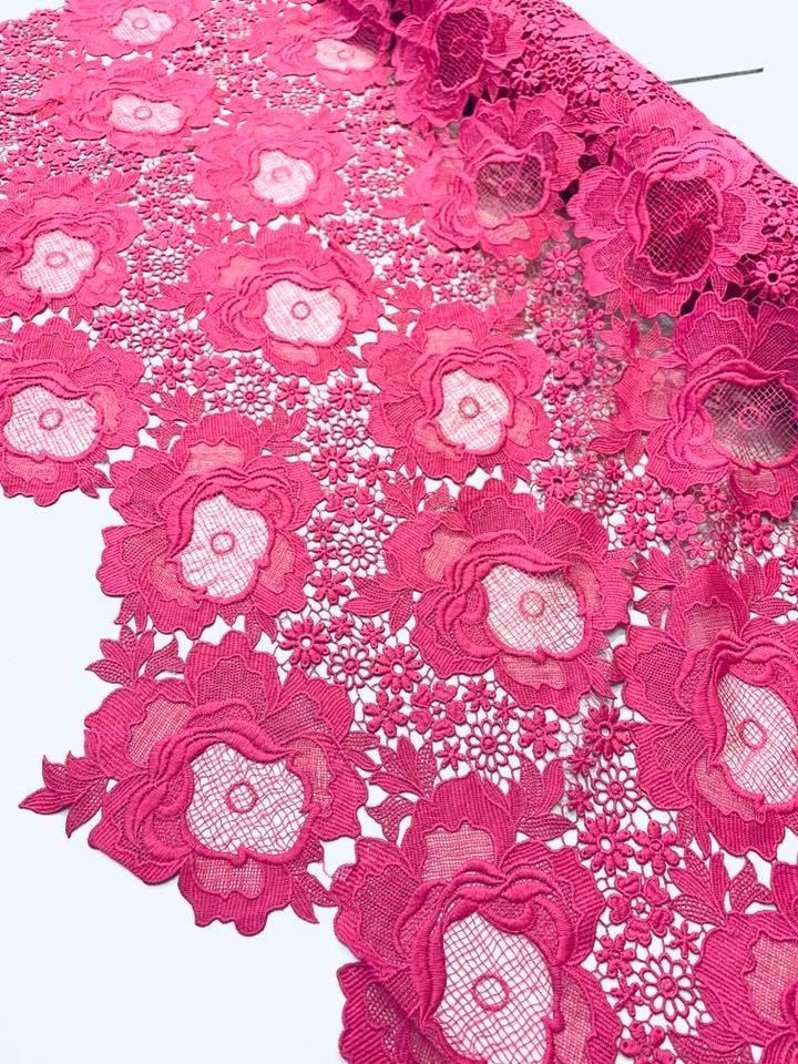 Modern Rose Venetian Lace in Pink
