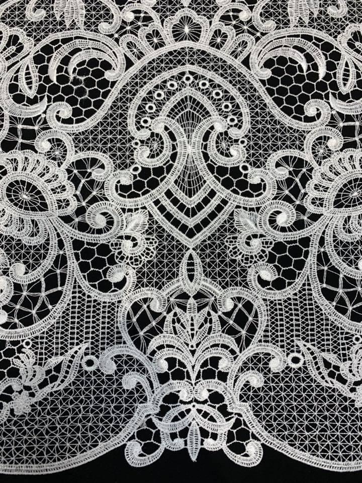 Tiara French Lace