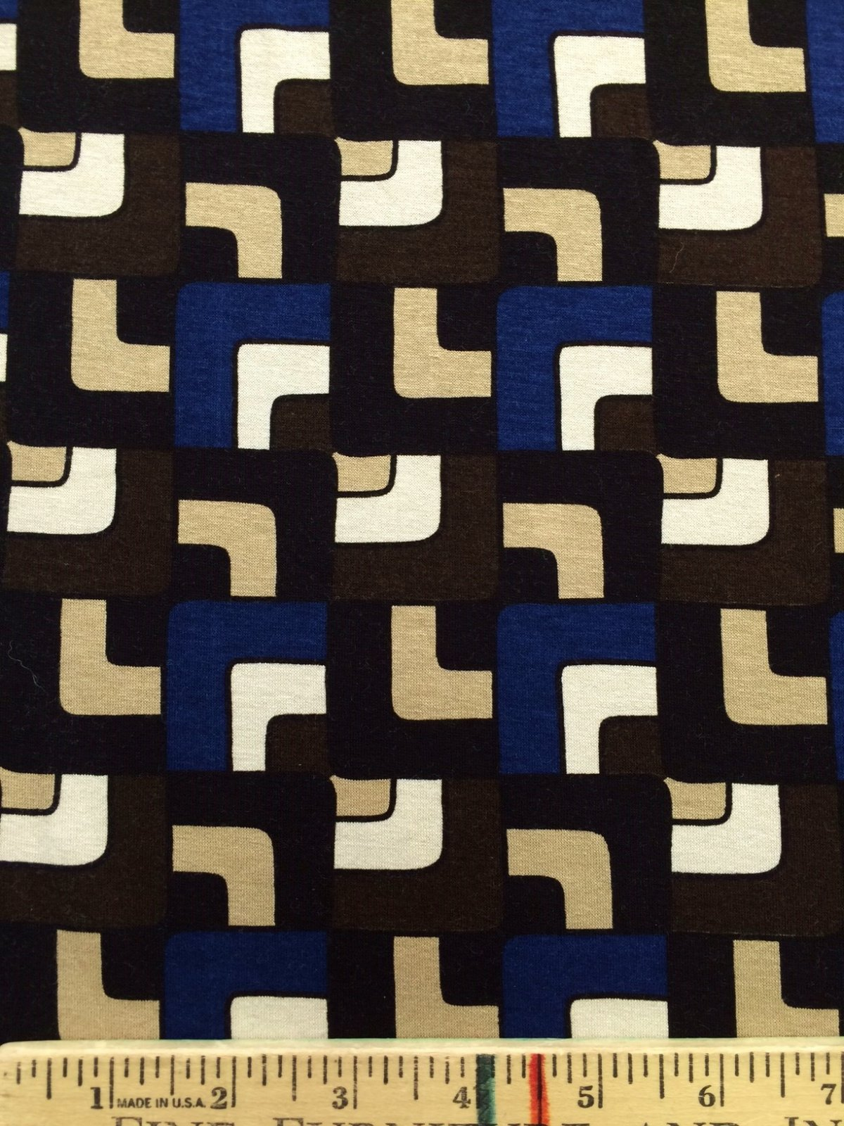 Curved Squares Printed Knit