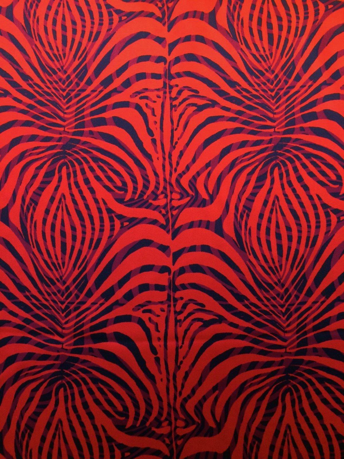 Red and Black Fern Like Print