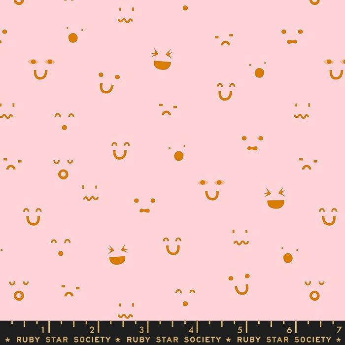 Kimoji in Pink