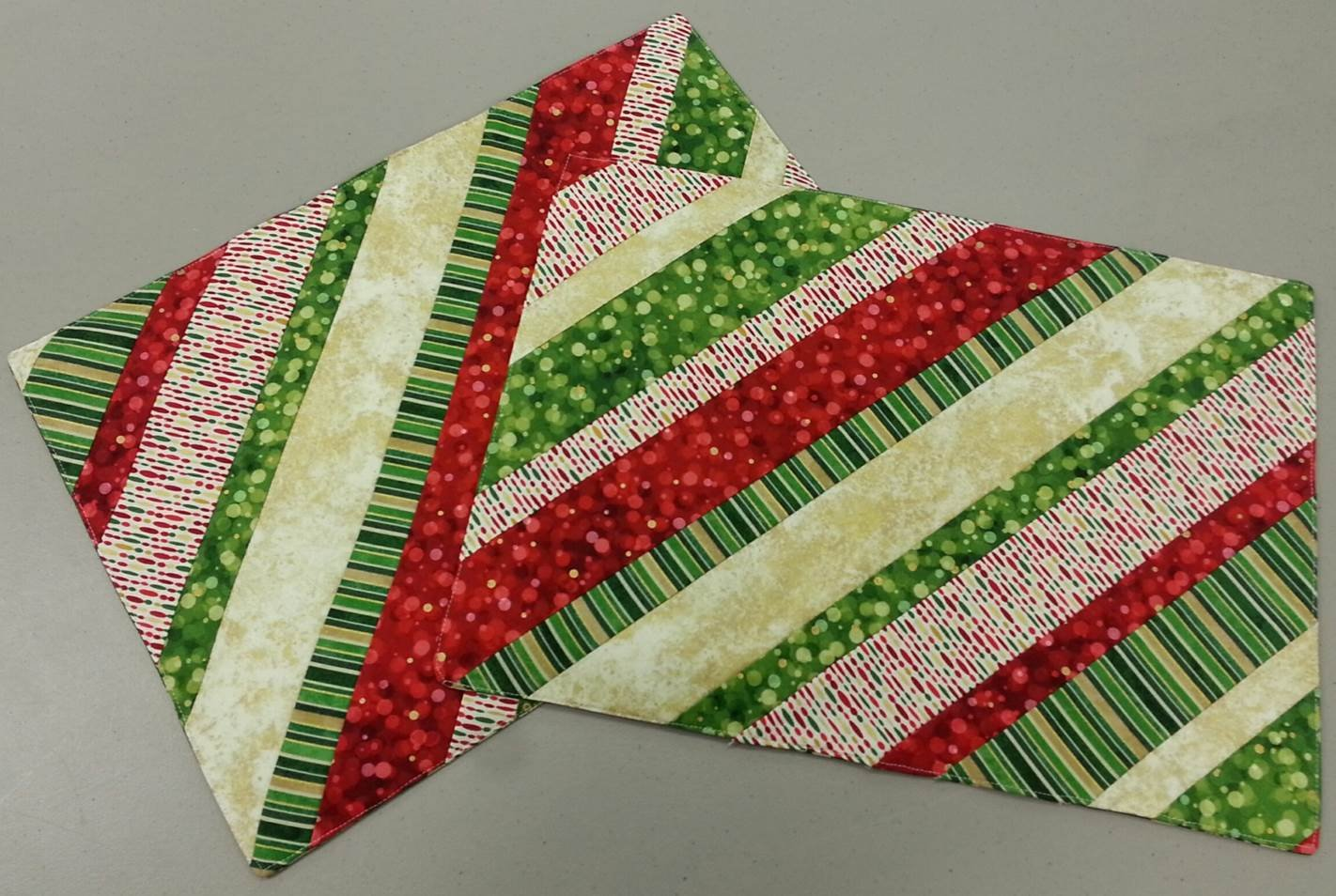 12 Days Of Christmas Series Day 10 Quilt As You Go Placemats