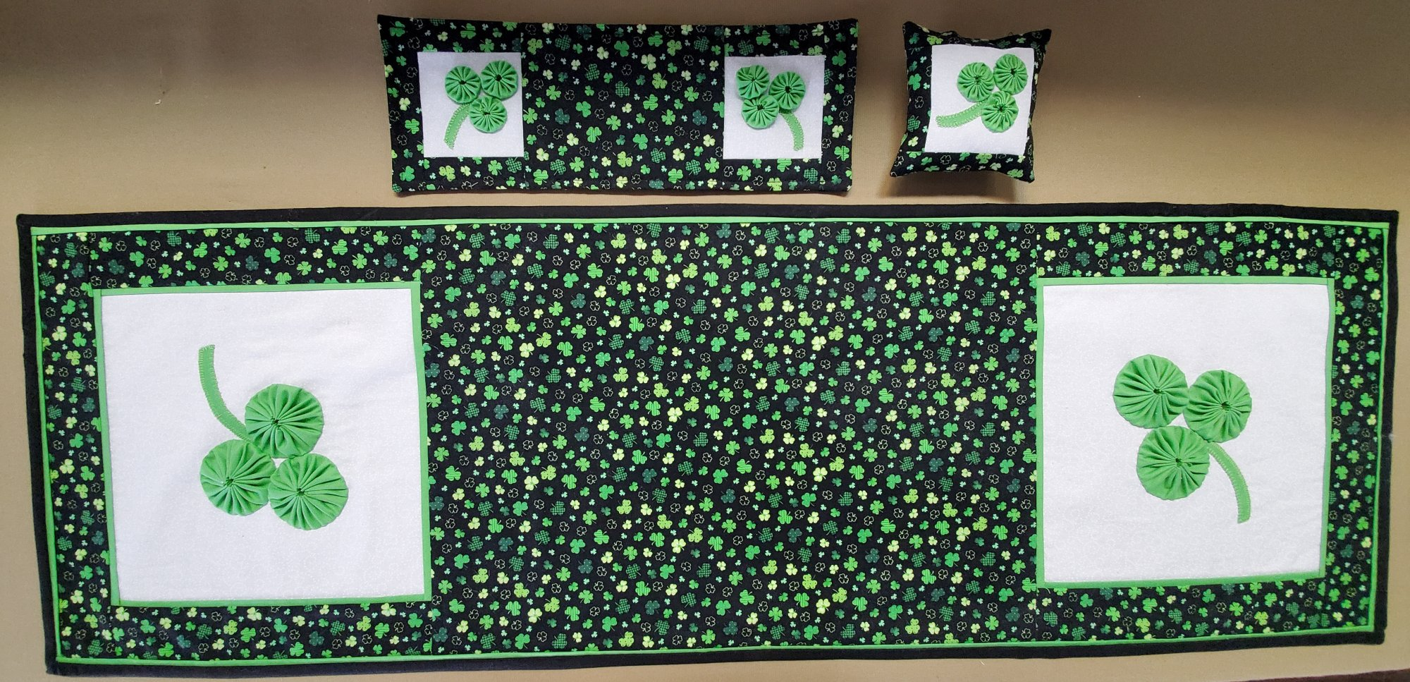 St. Patty's Day Runner Fabric Kit 14x43 + Bonus Projects