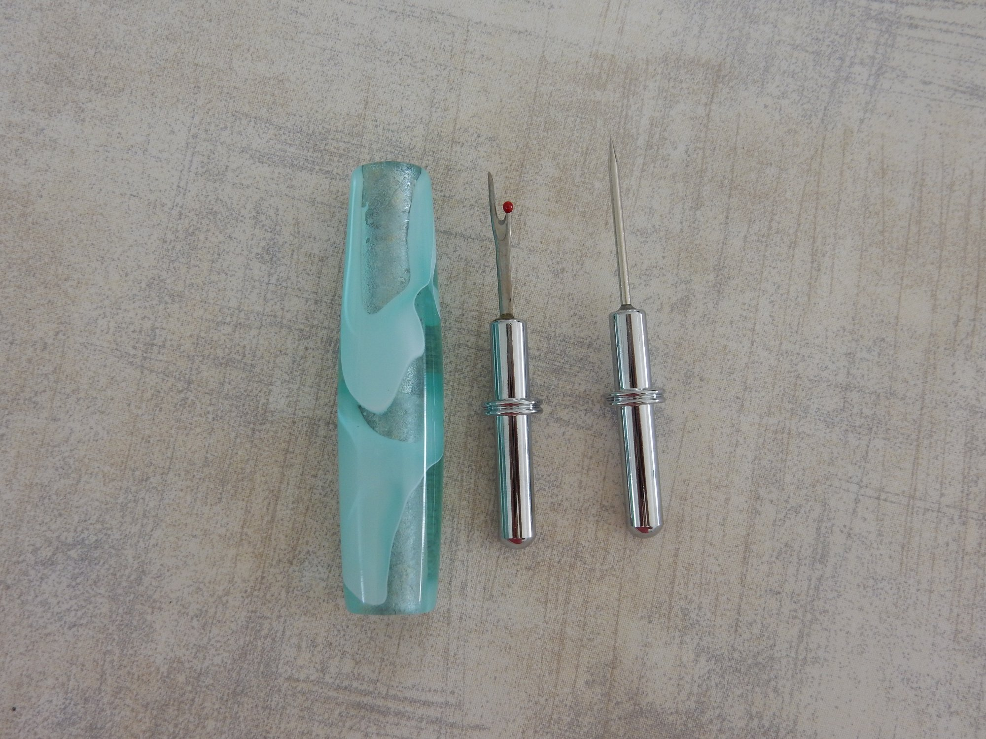 Seam Ripper Aqua and Clear