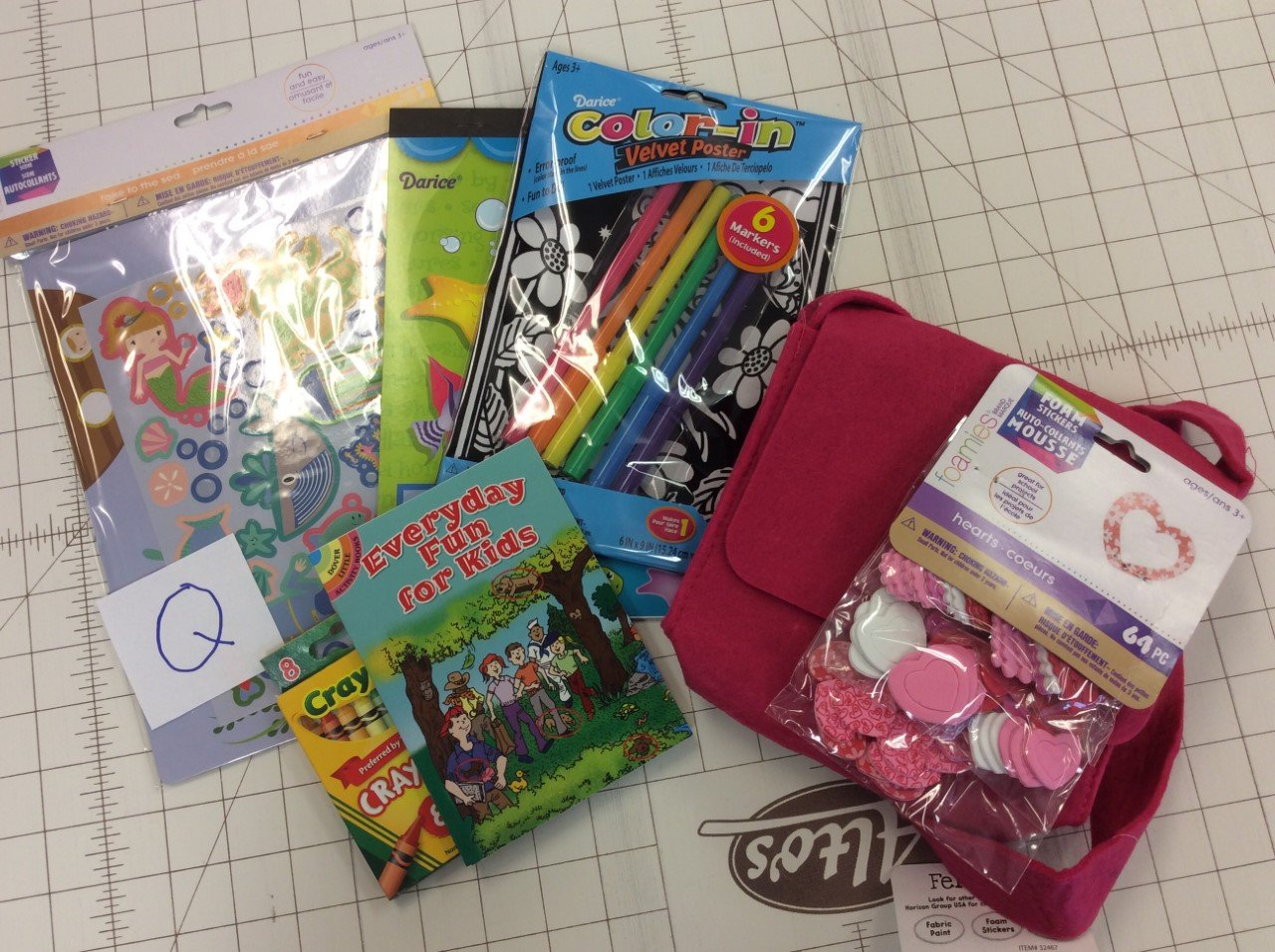 Busy Bags-Q-Mixed bag of children's craft supplies/projects