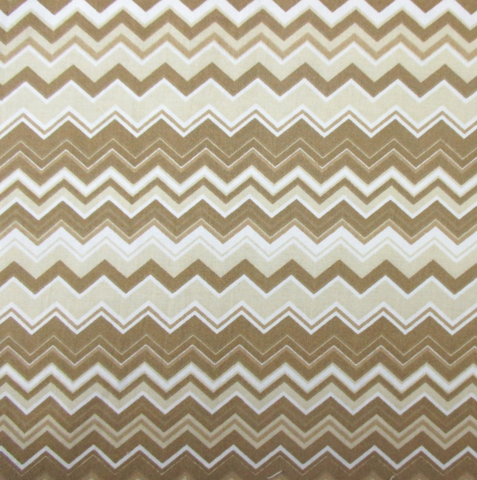A.E. Nathan - Chevron - Brown/Tan/White