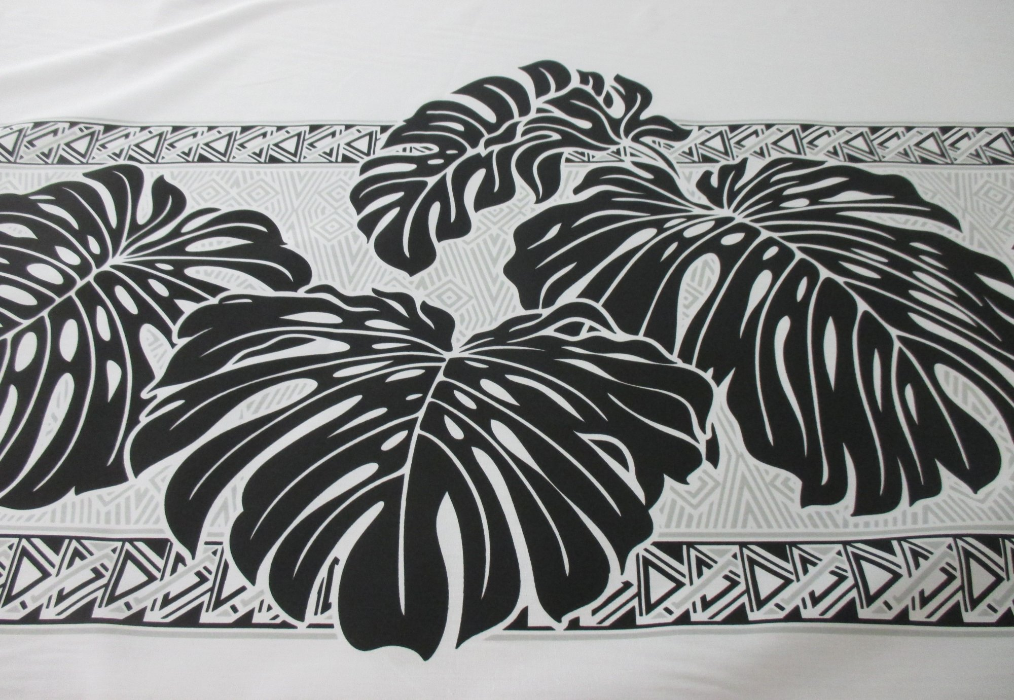 Large Monstera Border - Black and White