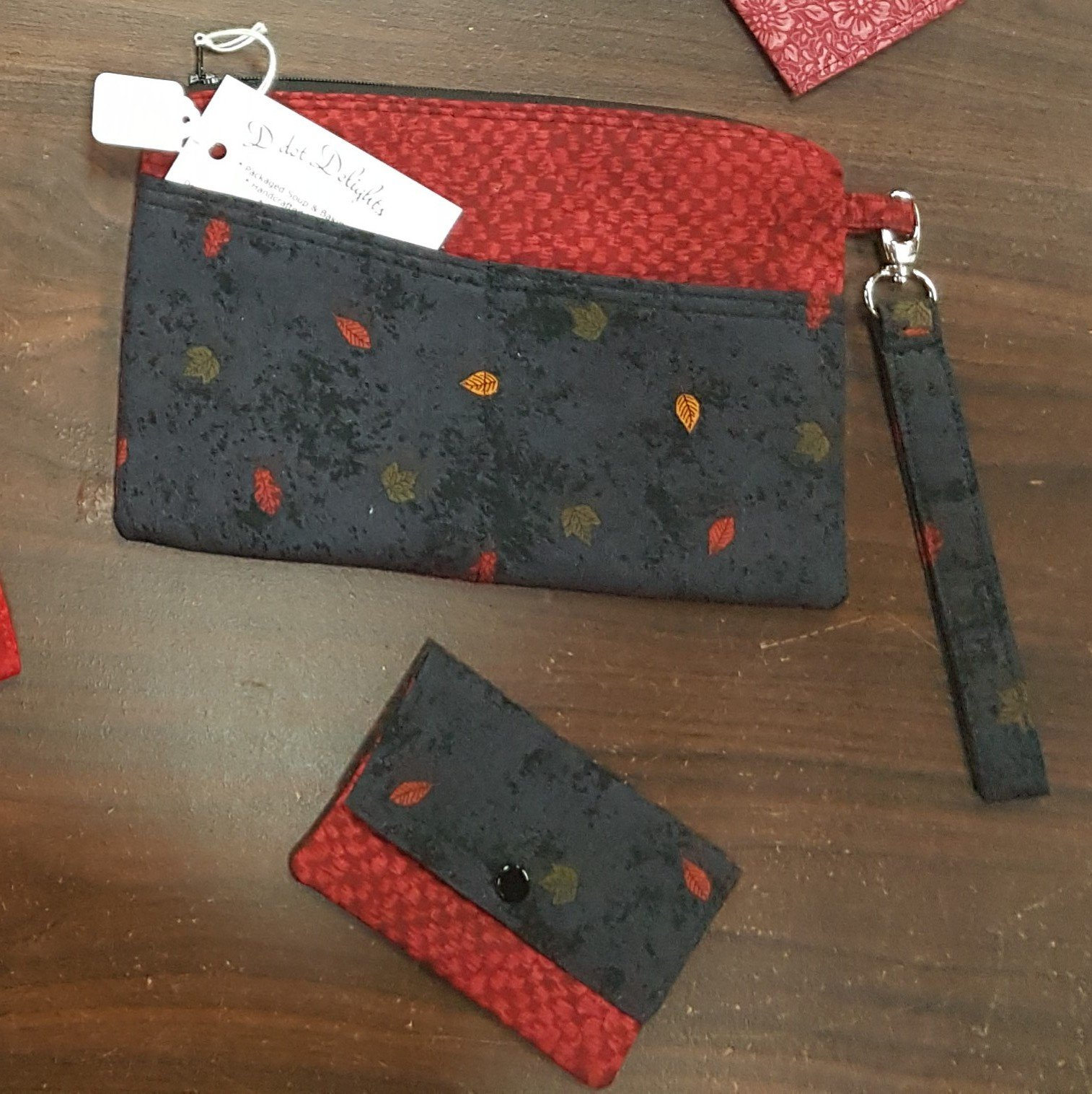 D dot Delights Wallet with Credit card folder - Black/Red
