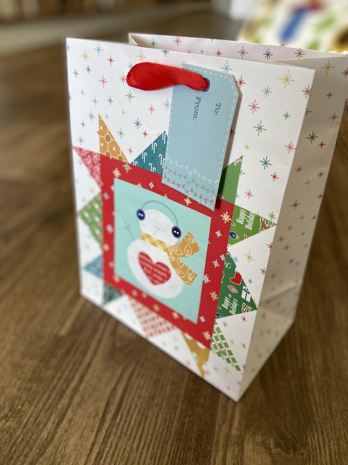 Lori Holt Gift Bag Christmas 10x8x4.5