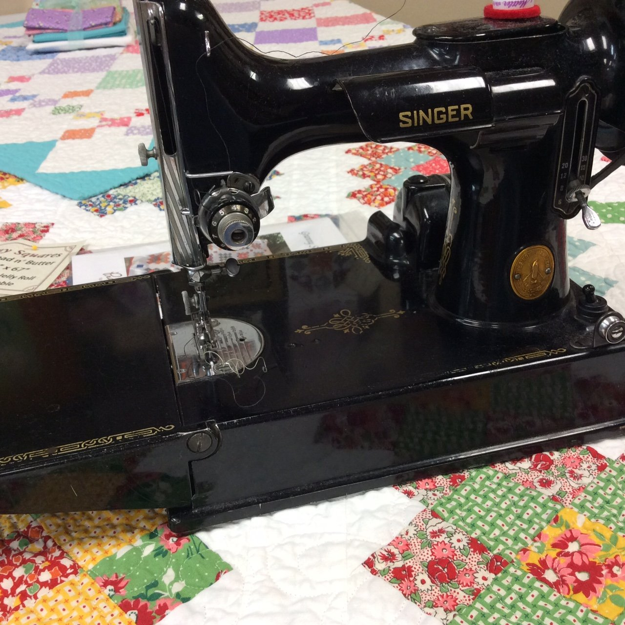 Singer featherweight sewing machine dating