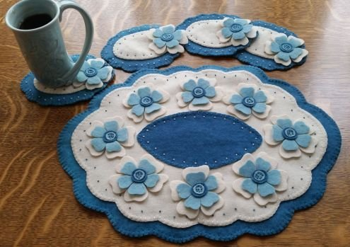Blooms of Blue Felt Kit