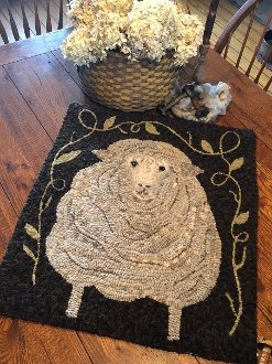 Fluffy Rug Hooking Pattern on Linen