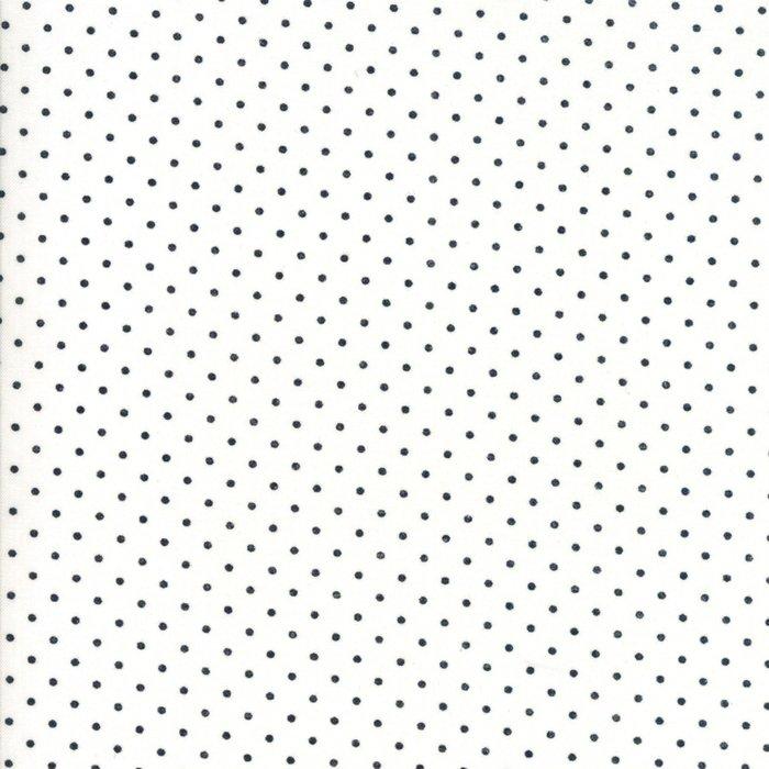 Moda Dots White & Black