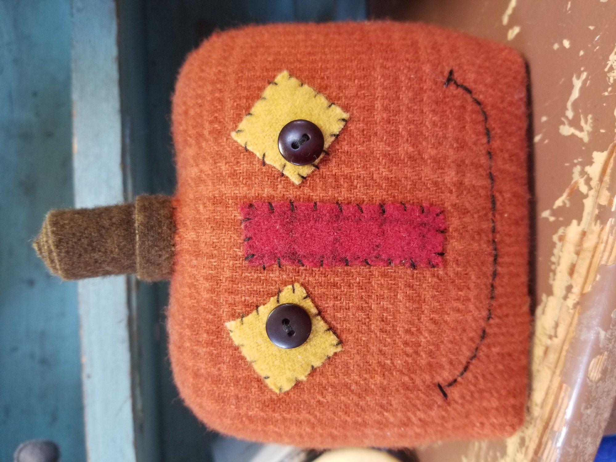 Prim Pumpkin Wool Kit
