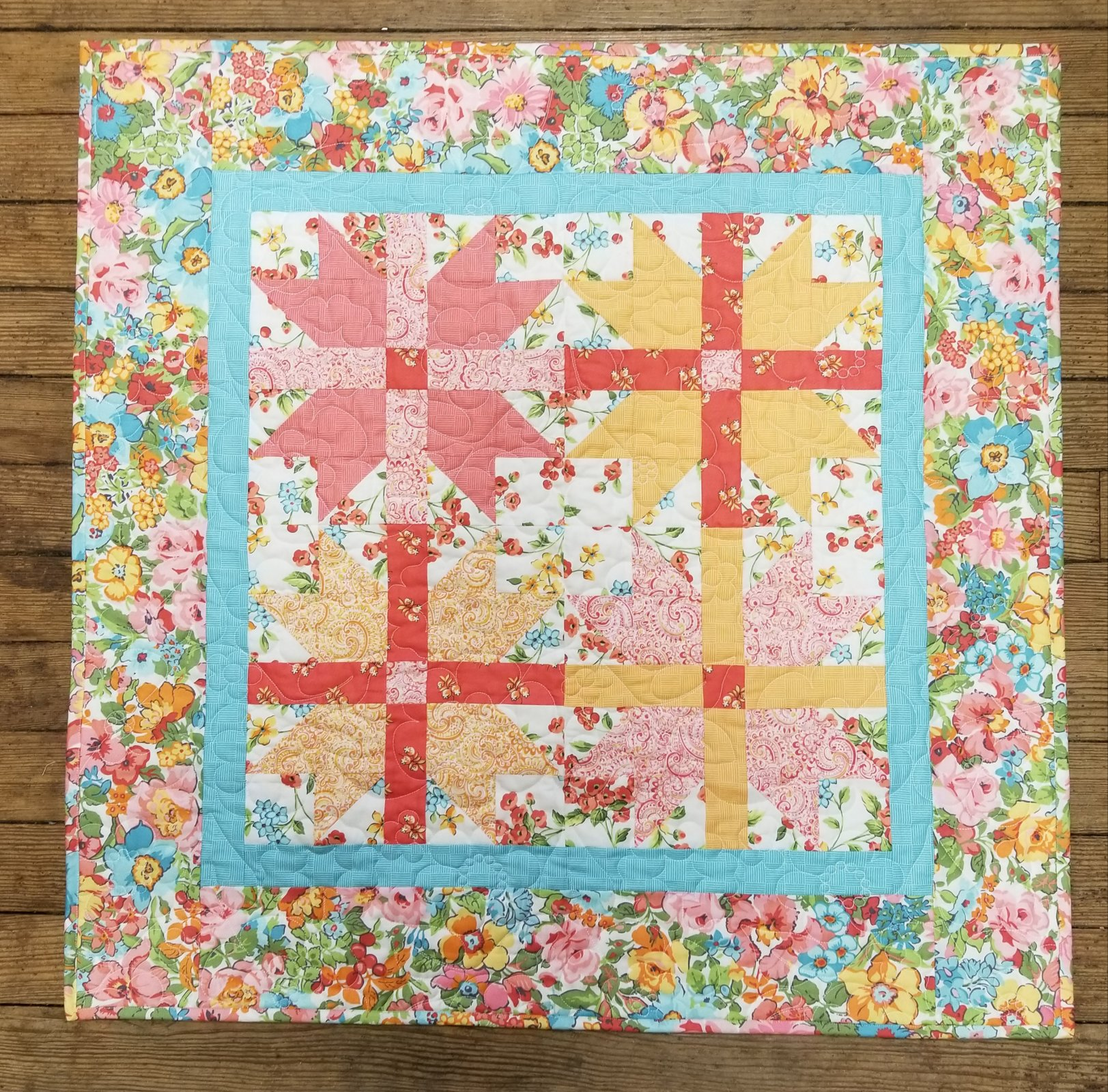 Floral Nanny Farnworth Quilt Kit