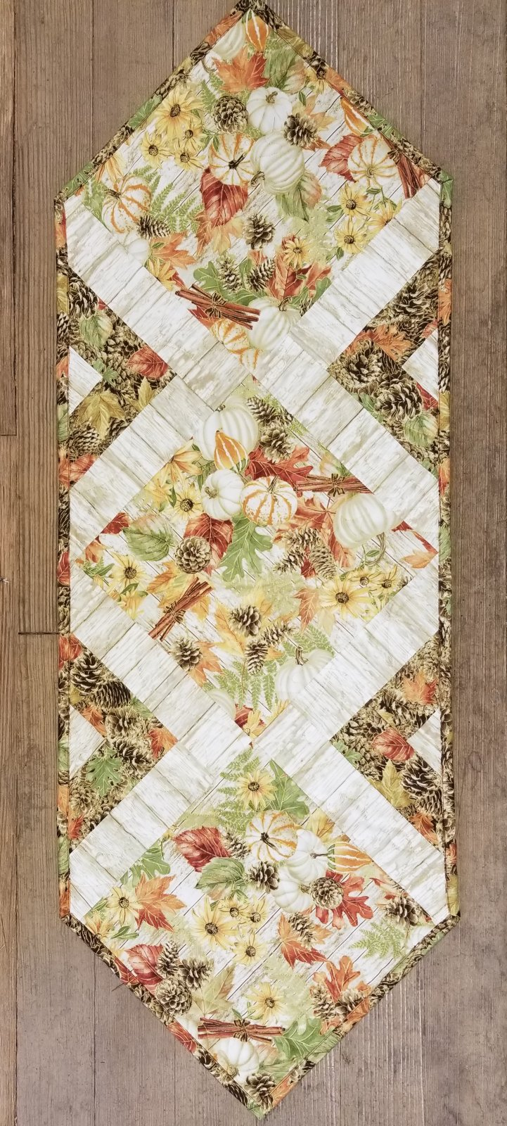 Pumpkin & Pinecones In the Middle Quilt Kit