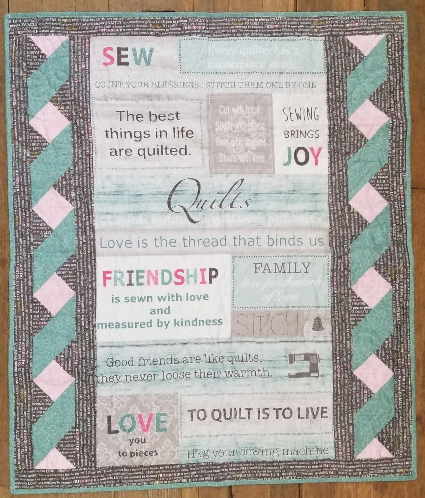 Words to Quilt By Twisted Panel Fabric Kit