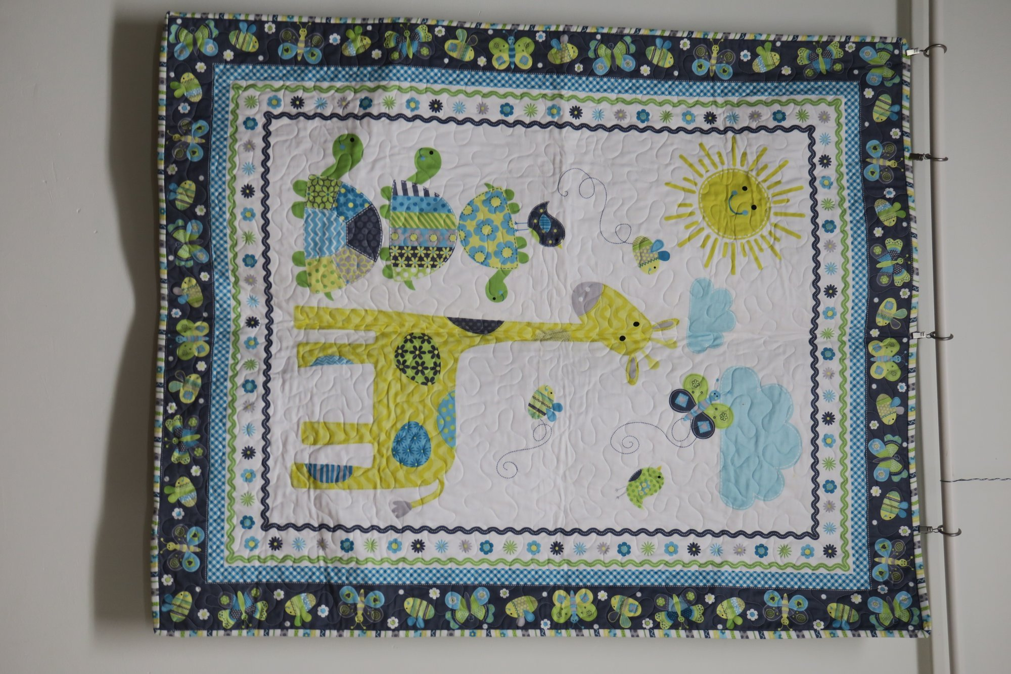 Bumble Bee Baby Quilt Store Sample