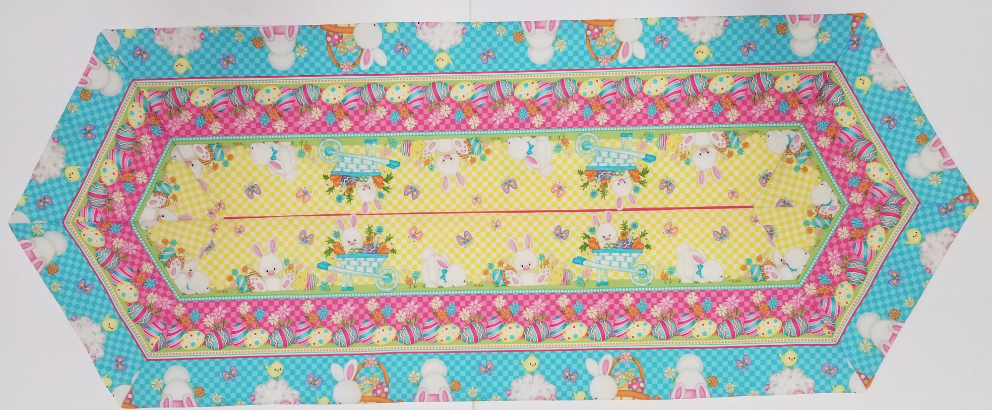 Easy Striped Bunny Table Runner kit