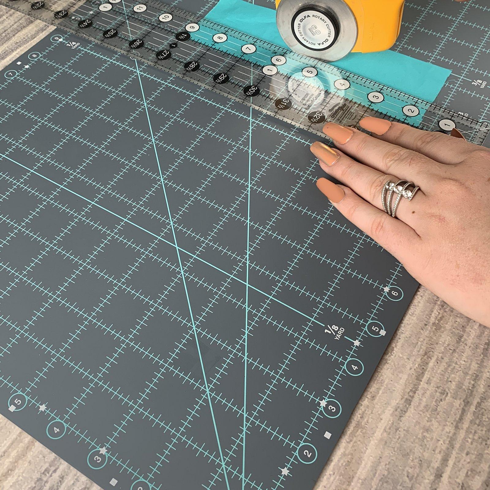 Creative Grids Ruler Cutting Mat 12x18