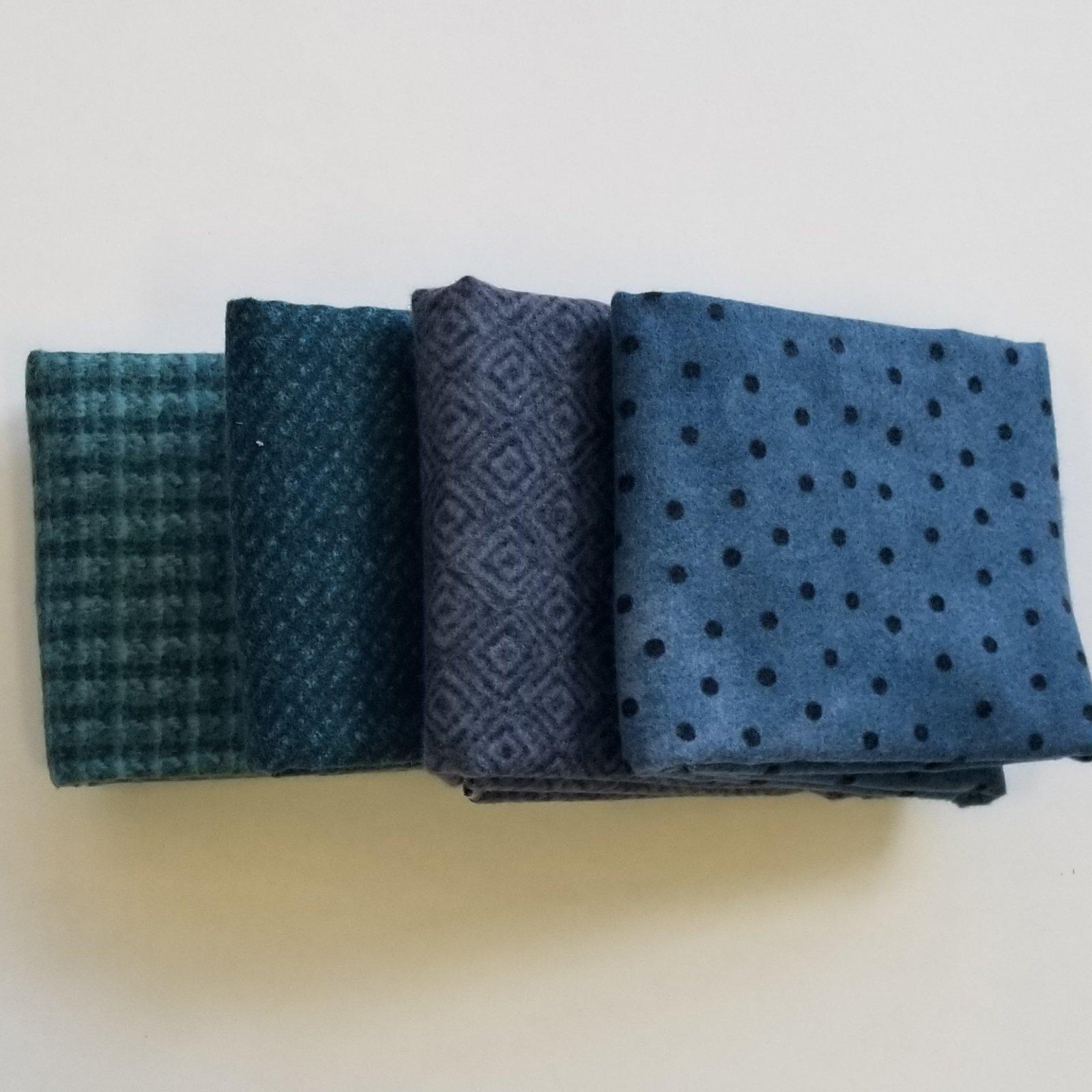 Woolies Flannel Blue Bundle of 4 Fat Quarters