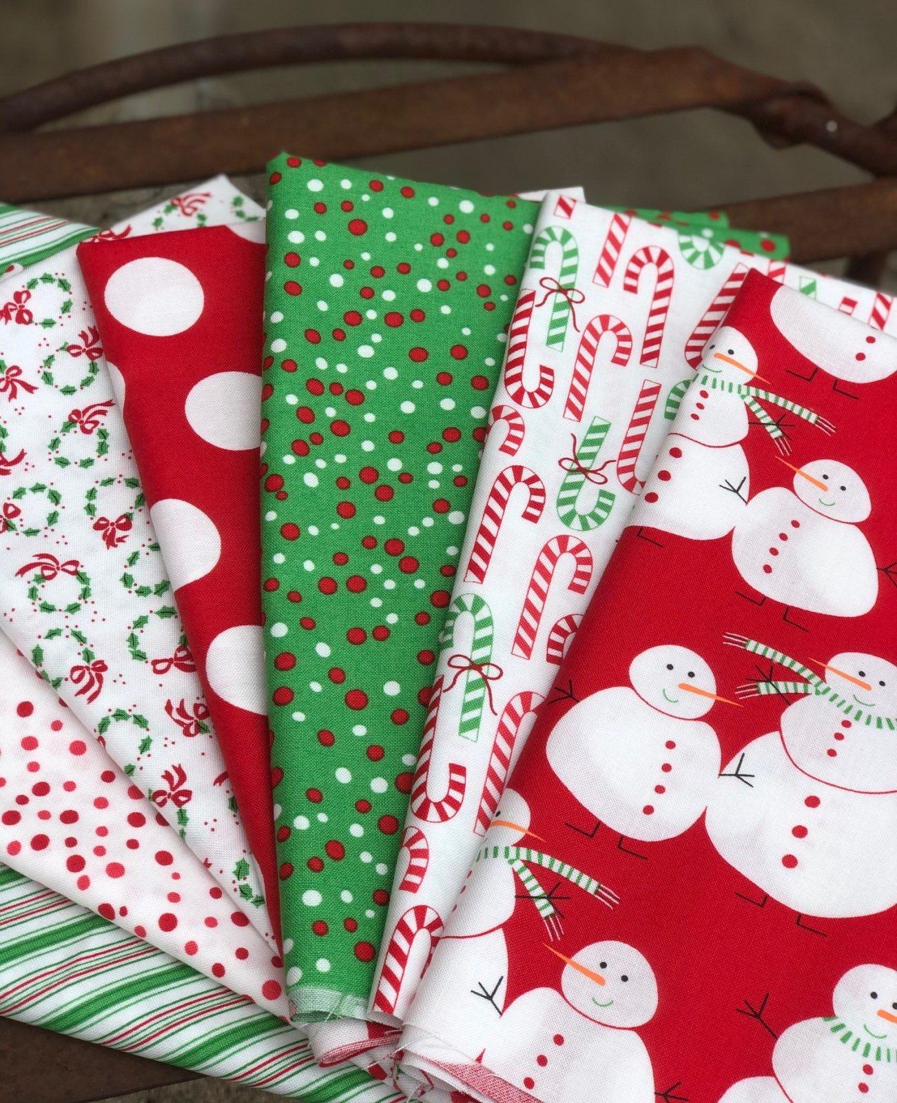 Merry Bright Red Snowman Fat Quarter Bundle (7)