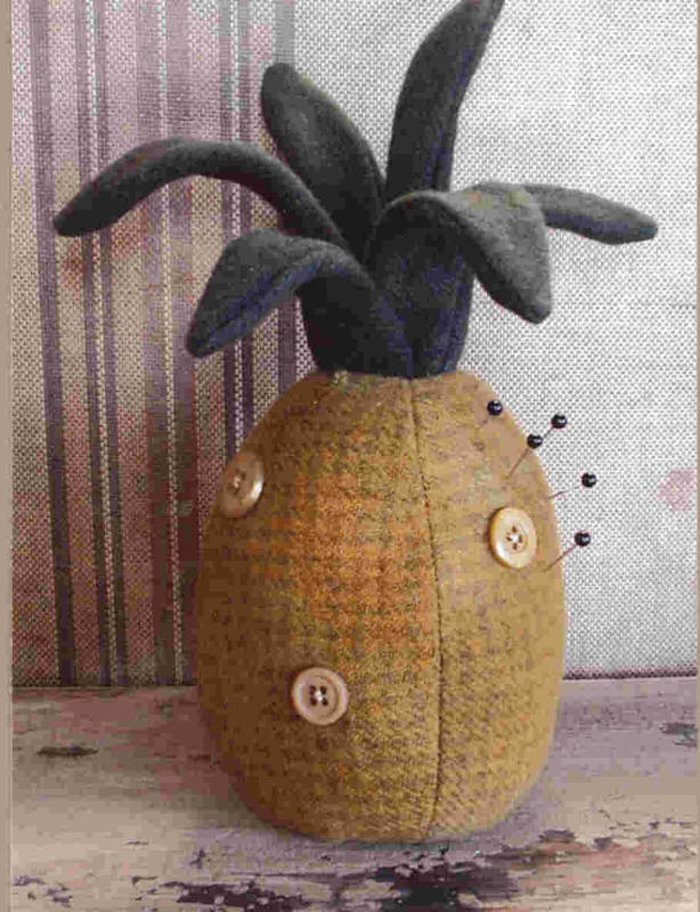 Pineapple Pin Keep by Cottonwood Creations
