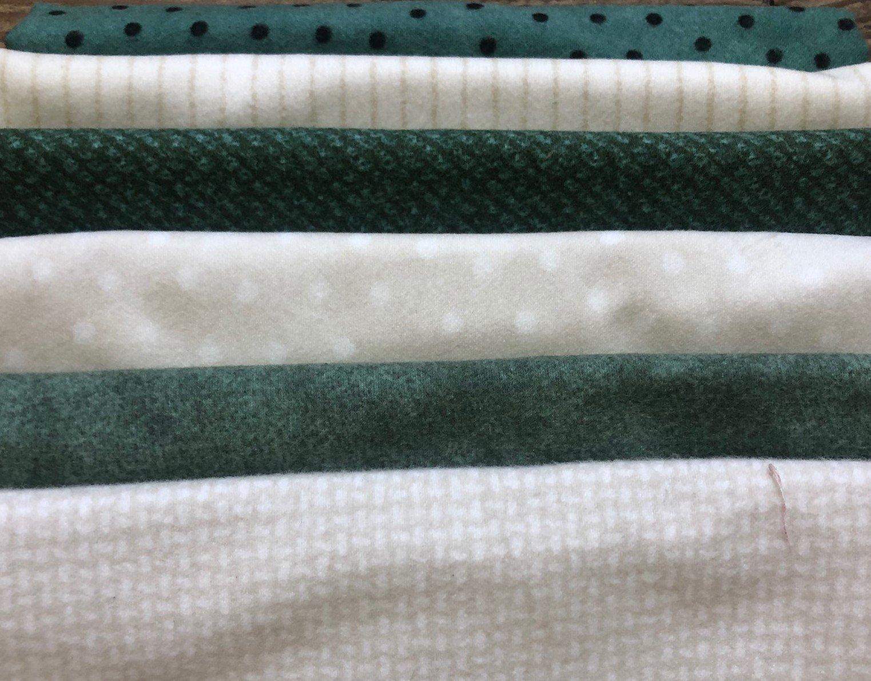 Woolies Green & Cream Flannel Bundle