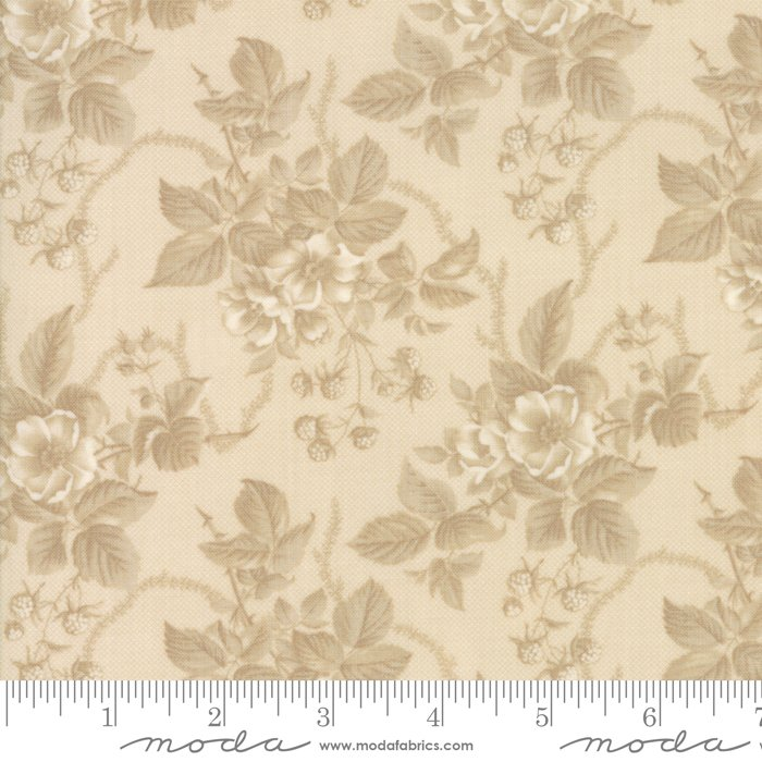 Cinnaberry - Winter Blooms in Almond by 3 Sisters for Moda