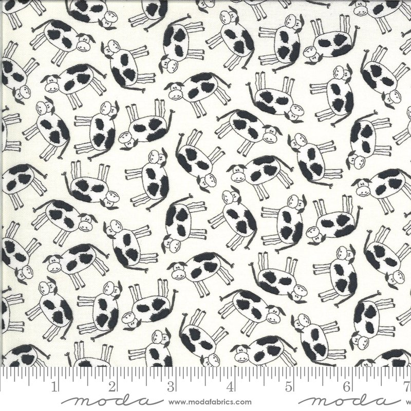 Animal Crackers - Cows on Vanilla by Sweetwater for Moda