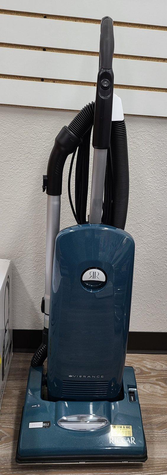 Riccar Vacuum-Appleton
