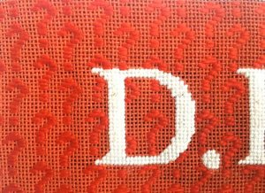 how to do a needlepoint darning stitch as a question mark