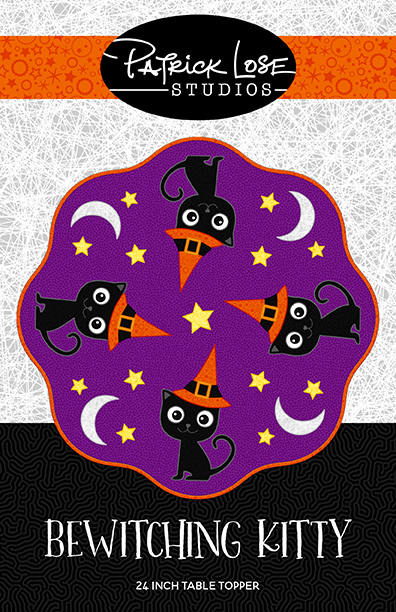 Bewitching Kitty table topper