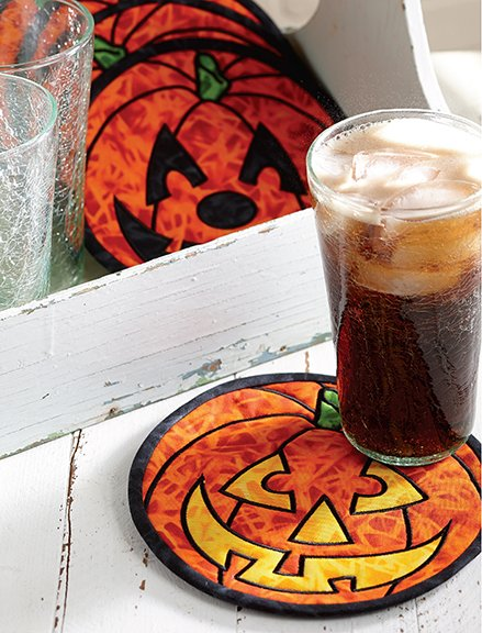 Jolly Jack-o'-lanterns mug mats