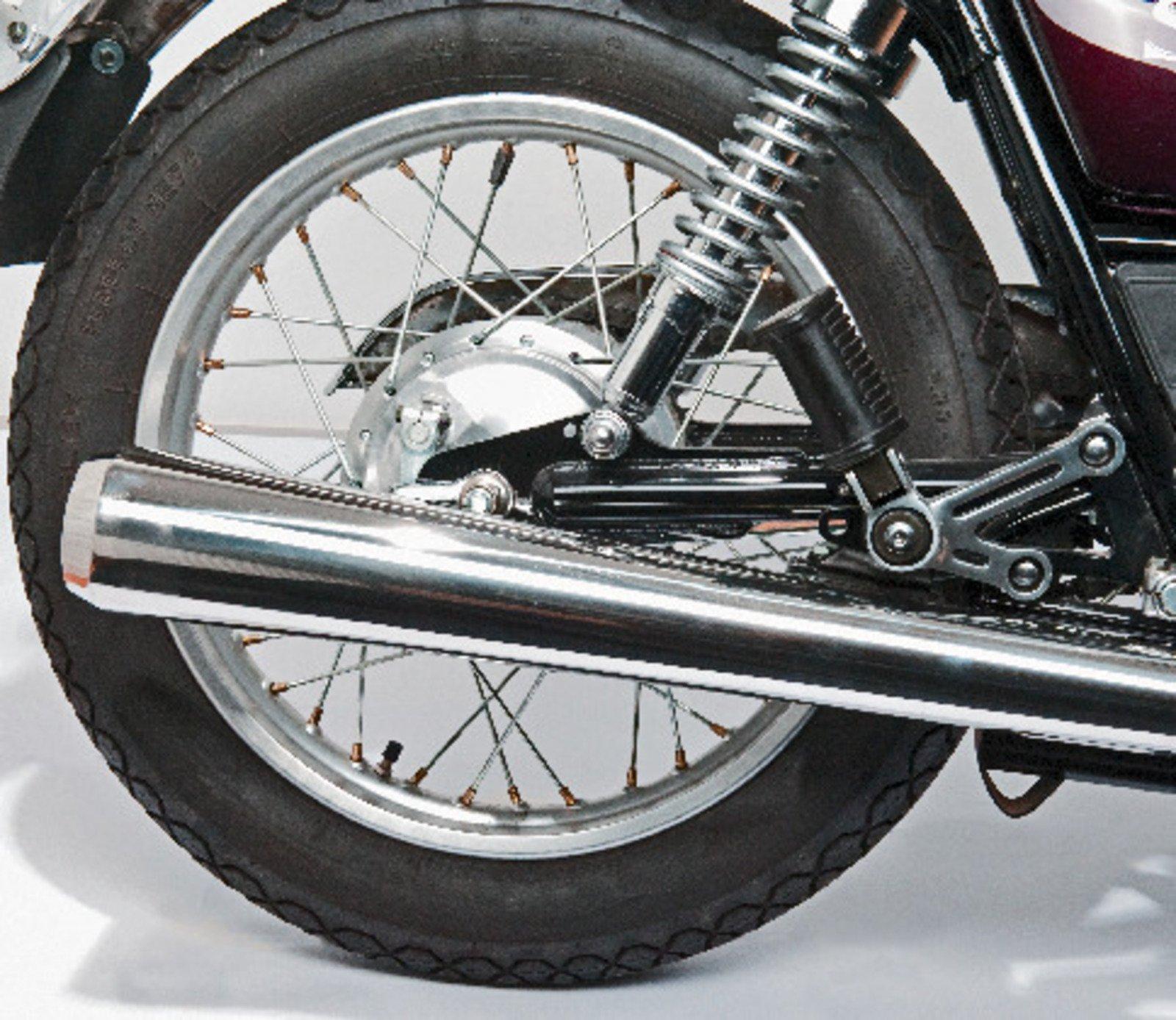 Yamaha SR500 Stainless Steel Silencer (shape similar to OEM without expansion tank) 29206