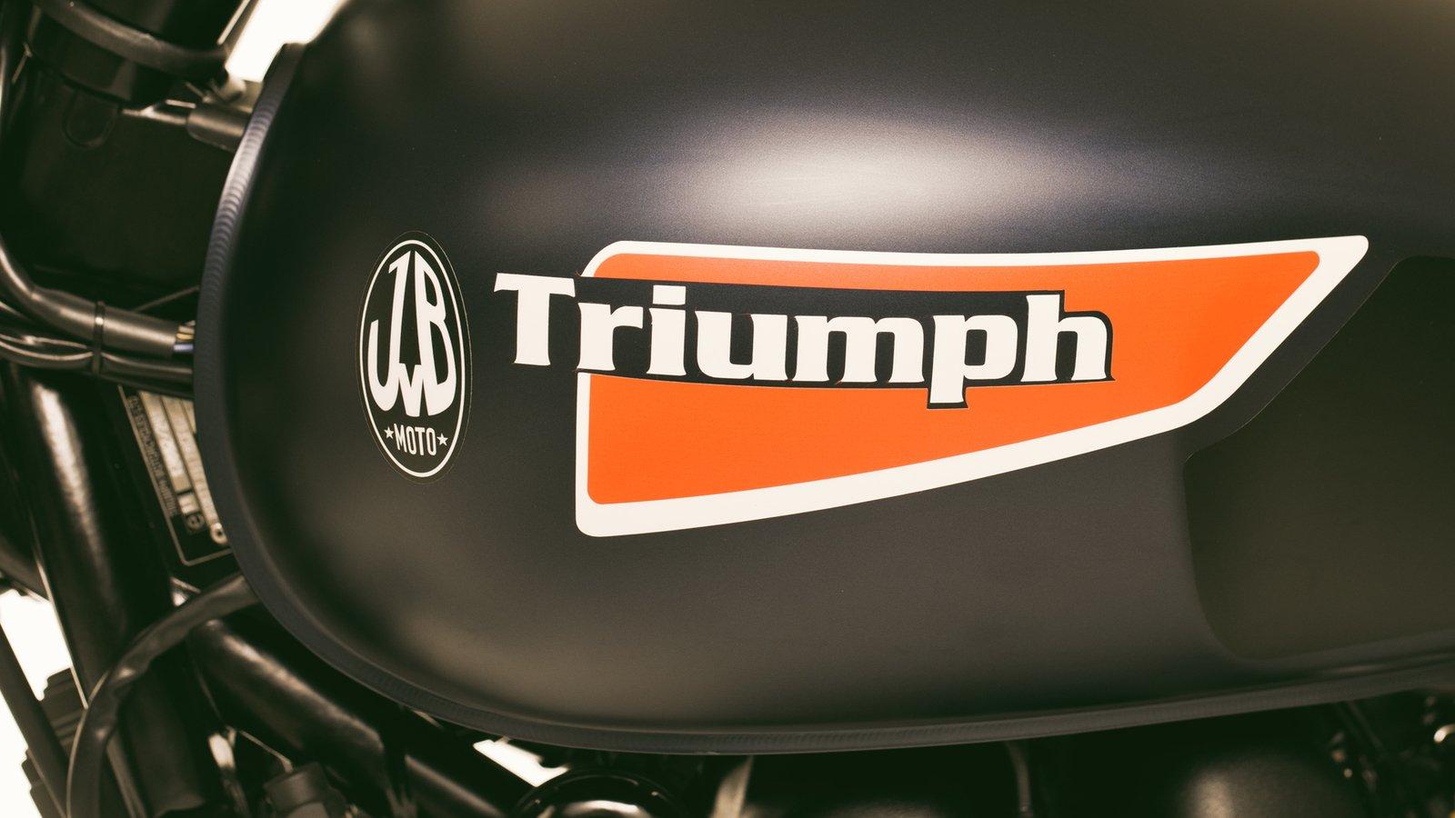 Triumph Scrambler 865 & 865EFI 2006 and up RH/LH Fuel Tank Decal Set (7 pcs)  JVB0028