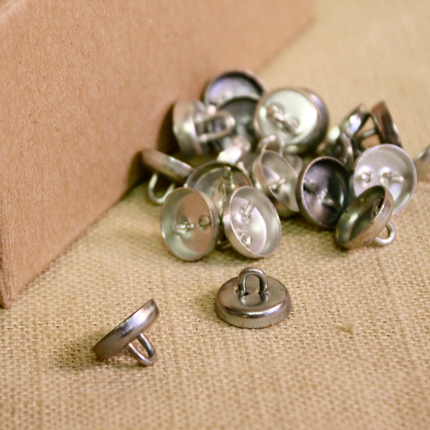 Loop Back Upholstery Buttons